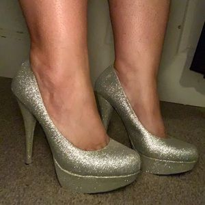 Bakers Victoria G sparkly silver heels 5inch